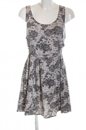 H&M Divided Vestido cut out gris claro look casual