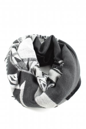 H&M Divided Fringed Scarf graphic pattern casual look