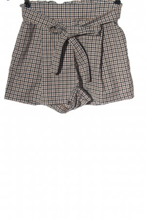 H&M Divided High-Waist-Shorts check pattern casual look