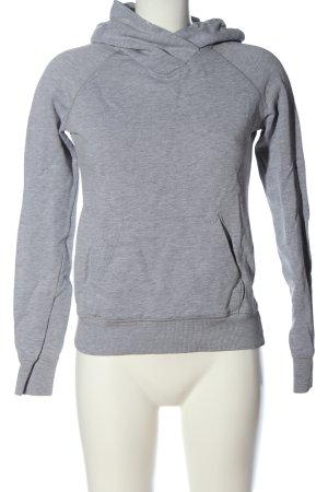 H&M Divided Sudadera con capucha gris claro look casual