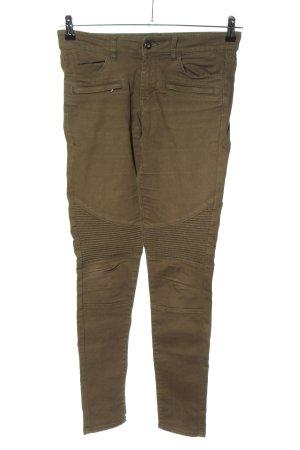 H&M Divided Pantalón de pinza alto caqui look casual