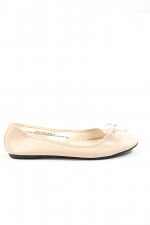 H&M Divided Classic Ballet Flats cream casual look