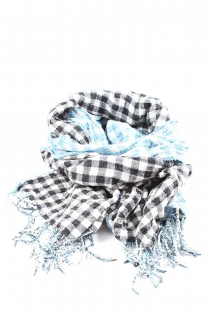 H&M Divided Crinkle Scarf check pattern casual look