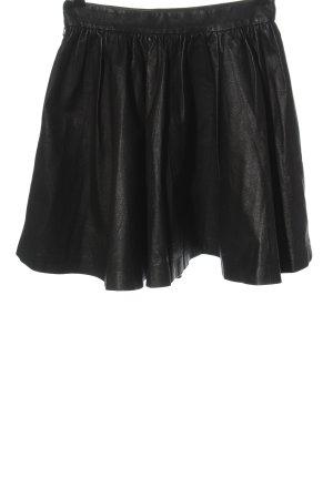 H&M Divided Falda de cuero negro look casual