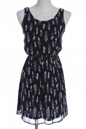 H&M Divided Cut Out Dress black-white abstract pattern casual look