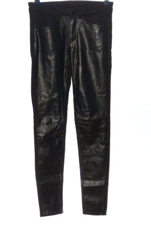 H&M Divided Pantalón de tubo negro look casual