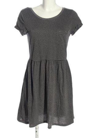 H&M Divided Robe t-shirt gris clair-noir imprimé allover style décontracté
