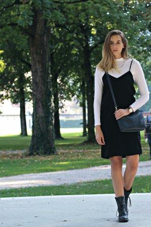 H&M Divided Overgooier zwart Polyester