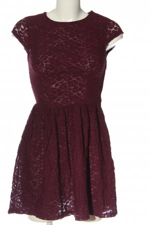 H&M Divided Spitzenkleid rot Casual-Look