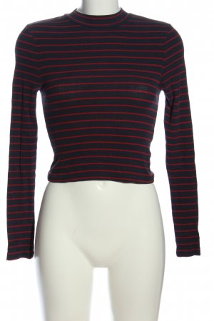 H&M Divided Blusa de cuello alto negro-rojo look casual