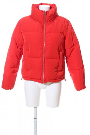 H&M Divided Steppjacke rot Steppmuster Casual-Look