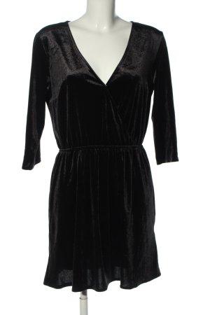 H&M Divided Vestido elástico negro look casual