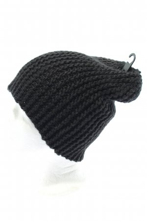 H&M Divided Knitted Hat black cable stitch casual look