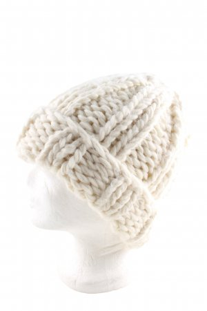 H&M Divided Knitted Hat natural white cable stitch casual look
