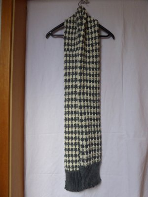 H&M Divided Knitted Scarf cream-slate-gray