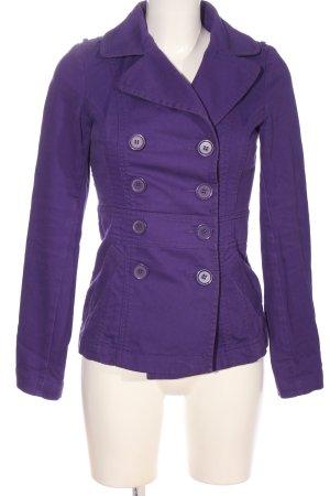 H&M Divided Between-Seasons-Coat lilac casual look