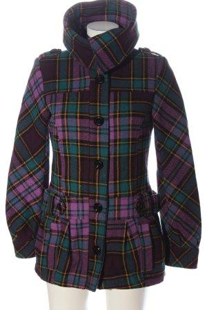 H&M Divided Between-Seasons-Coat check pattern street-fashion look