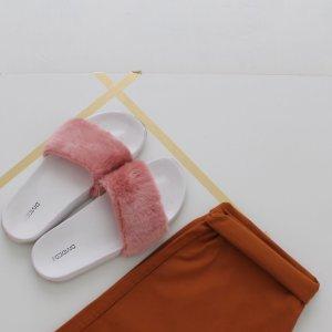 H&M Fake-fur Slides Sommer Schlappen 40 41 Rosa Weiß Adiletten Style Blogger Trend