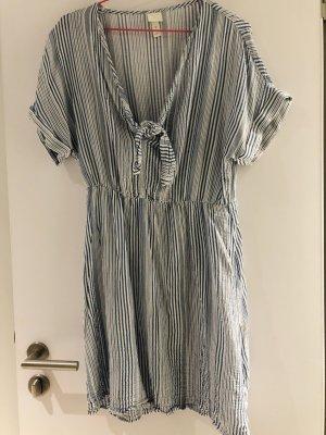 H&M Gestreiftes Kleid
