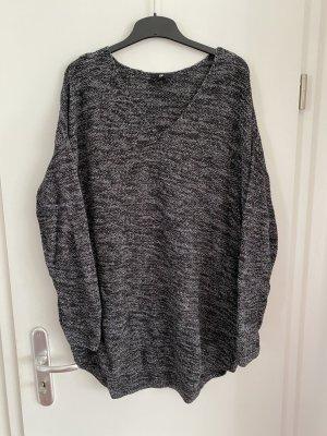 H&M + Große Größen Pullover Gr.XL Gr.48 schwarz neuwertig