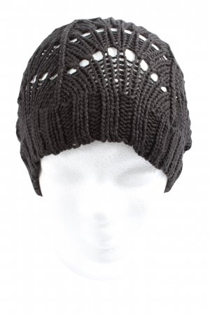 H&M Crochet Cap black cable stitch casual look