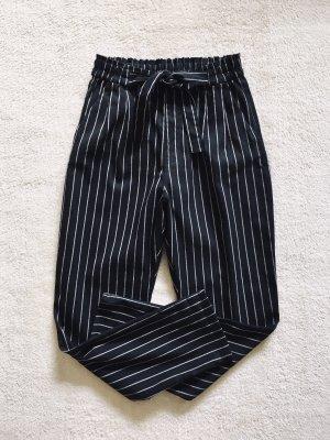H&M Pantalón de pinza alto negro-blanco