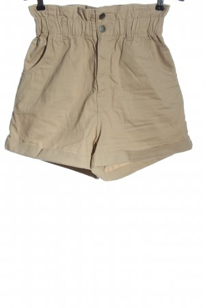 H&M High-Waist-Shorts cream casual look