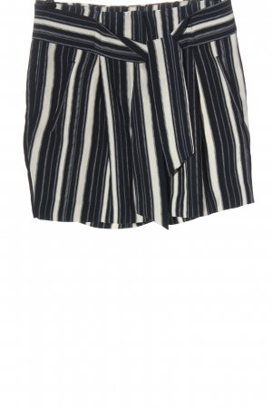 H&M High-Waist-Shorts schwarz-weiß Streifenmuster Casual-Look