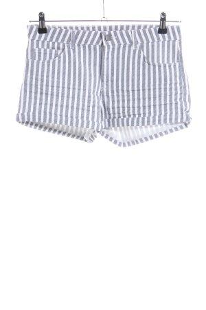 H&M Hot Pants hellgrau-weiß Streifenmuster Casual-Look