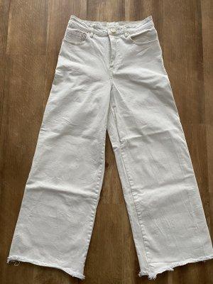 H&M Jeansy 7/8 w kolorze białej wełny-biały