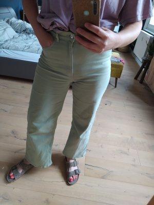 H&M Jeans Flared Leg Pistazie Pastell Grün Denim Highwaist Mom