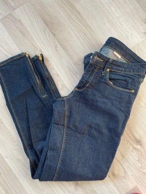 H&M Jeans hose Karotten gr 27 /36 denim blau low waist