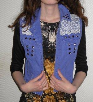H&M Jeans Weste Jacke lila flieder Nieten silber Spitze weiß 32 34 36 XS S