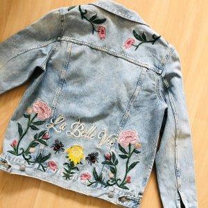 H&M Jeansjacke Gr S hellblau Blumen stickerei Jacke floral muster Jeans