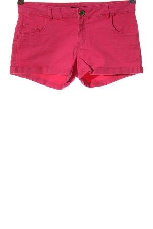 H&M Pantalón corto de tela vaquera rosa look casual