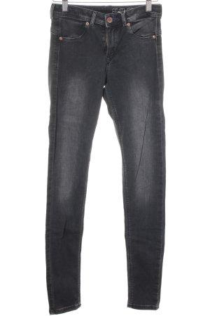 H&M Jeggings schwarz Street-Fashion-Look