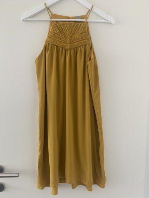 H&M Balloon Dress ocher