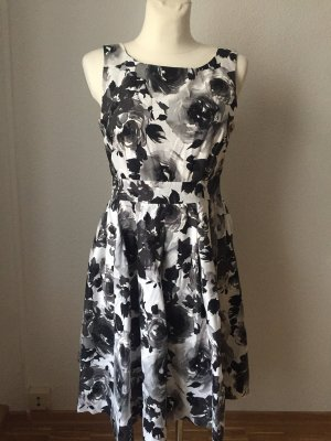 H&M Babydoll Dress black-white