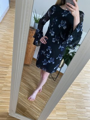 H&M Kleid mit Tulpenärmeln