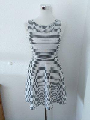 H&M Kleid Streifen schwarz weiß 40