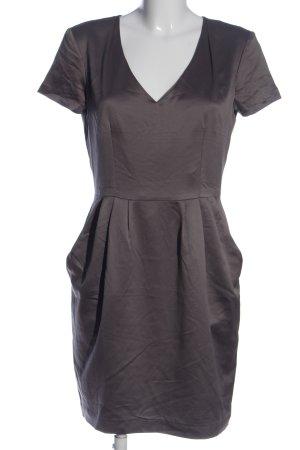 H&M Robe à manches courtes gris clair élégant