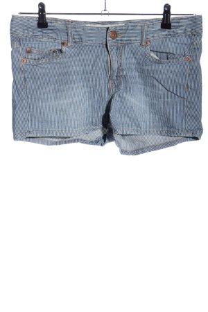 H&M L.O.G.G. Jeansshorts blau-weiß Streifenmuster Casual-Look