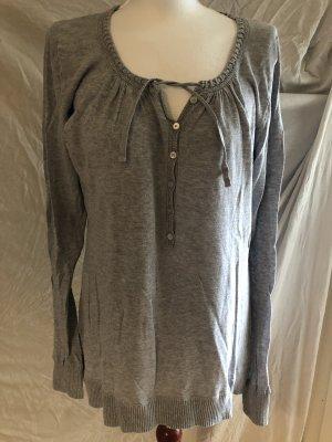 H&M Logg XXL Pullover mit Details Grau