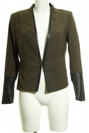 H&M Long-Blazer khaki-schwarz Street-Fashion-Look