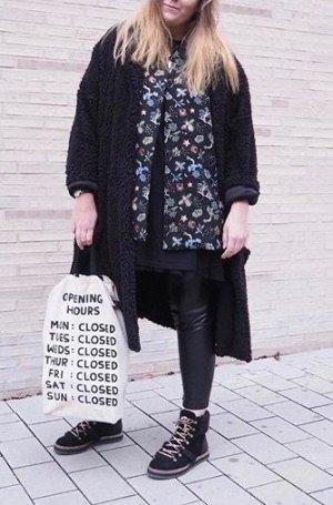 H&M Long Jacke schwarz mit Print L 40 42 NEU Blazer Blogger Style Gold Muster