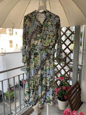 H&M Sukienka z falbanami chabrowy