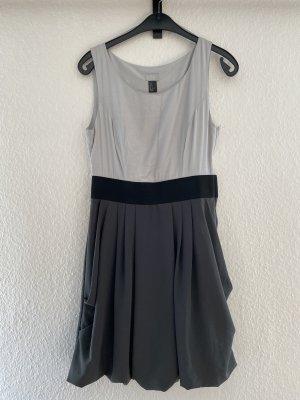 H&M Modern Classic Kleid