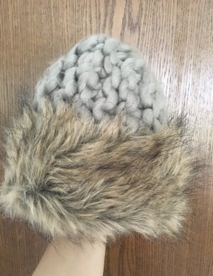 H&M Knitted Hat light grey-beige