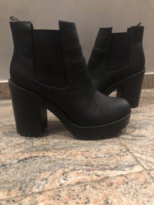 H&M Plateau Boots schwarz Größe 38 super Zustand