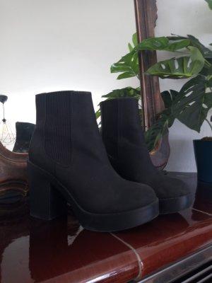 H&M Plateau Chelsea Boots